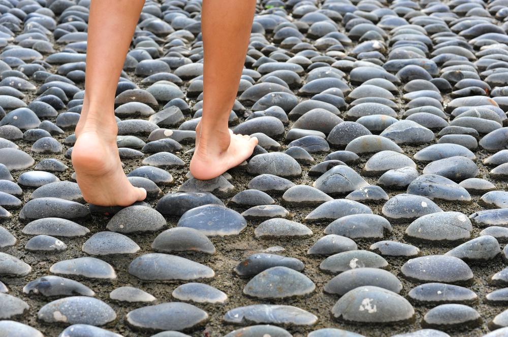 pieds sur galets